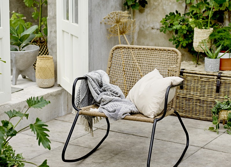 Shoppen: trendy tuinstoelen die je tuin nog mooier maken