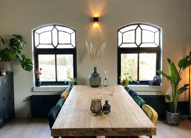 24x stoere houten eettafels