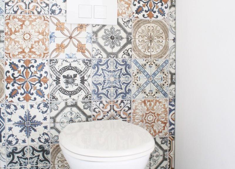 26x de leukste tegels & behangetjes om het toilet op te fleuren