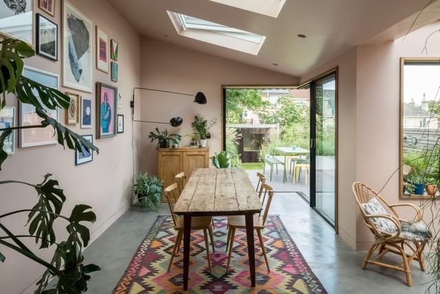 Shop the look: interieur met zachte tinten en bohemien accenten