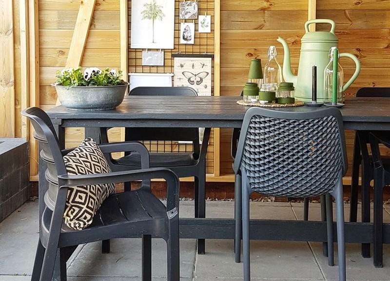 Budget shopping: hippe tuinstoelen onder de €70