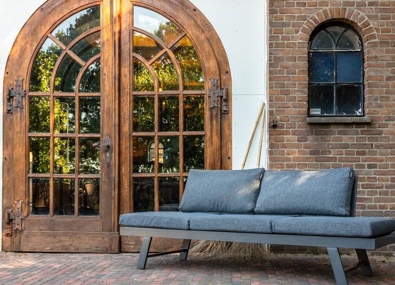 Shoppen: de mooiste tuinbanken en loungesets voor dit voorjaar