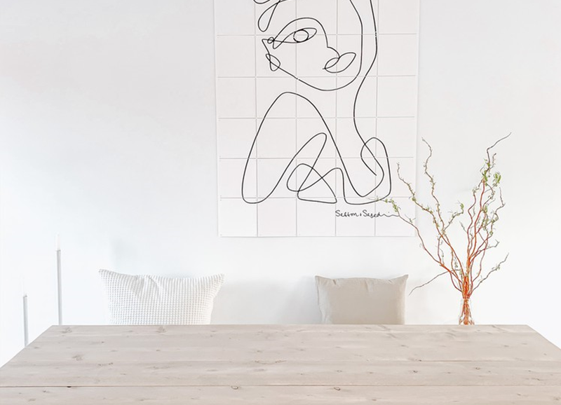 Een all white interieur zorgt voor een fris, rein & rustig huis