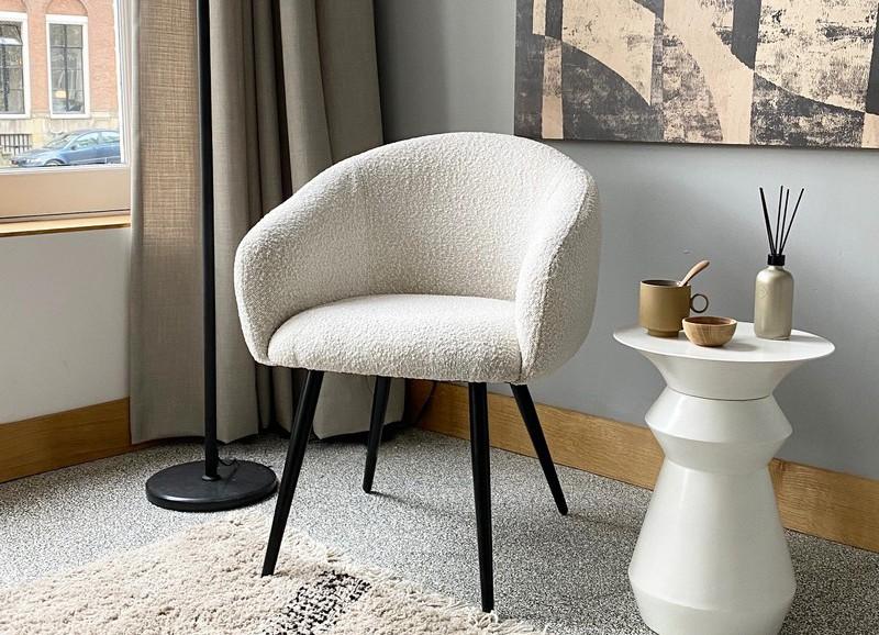De ultieme wintertrend: fauteuils & poefs met teddy stof