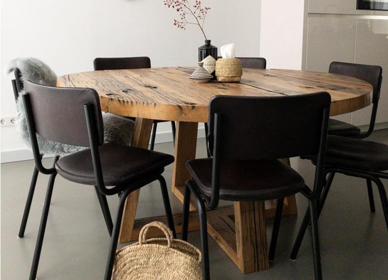 6x prachtige zwarte stoelen voor bij je eettafel Alles om