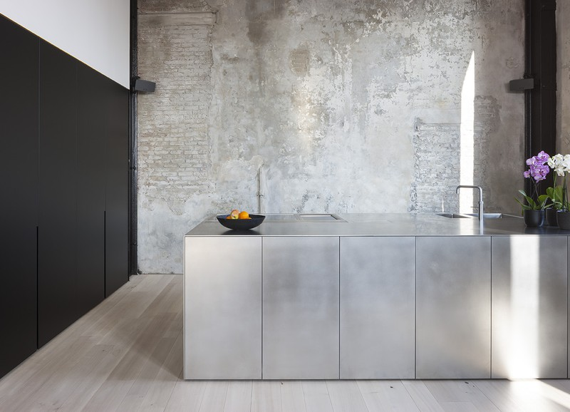 12x The Best Stainless Steel Kitchens