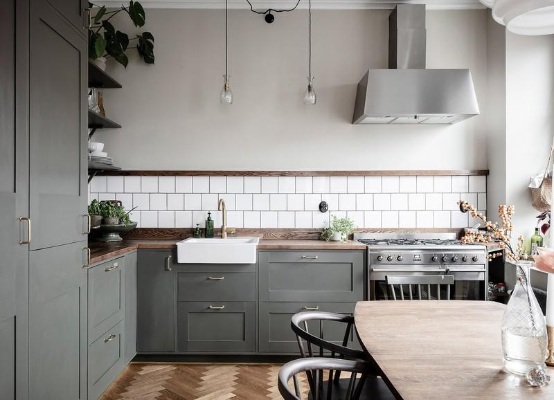 Shop the look: olijfgroene keuken met hout