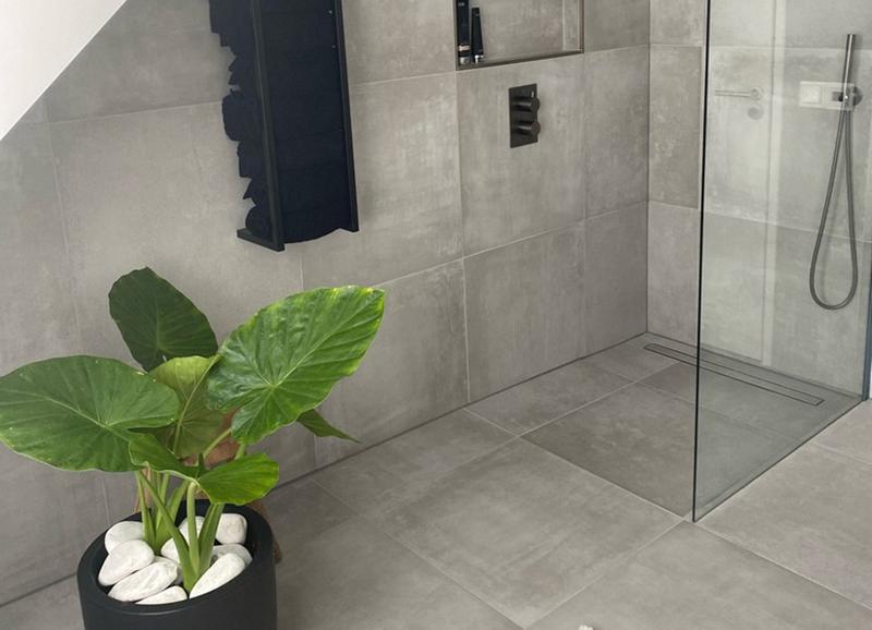 10x zwarte accenten in je badkamer