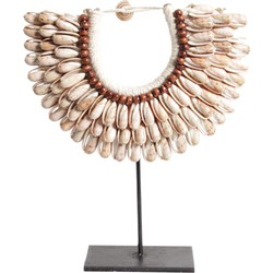 Pole to Pole - I11 Small Shell Necklace