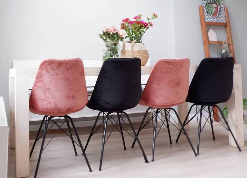 Fluwelen stoelen