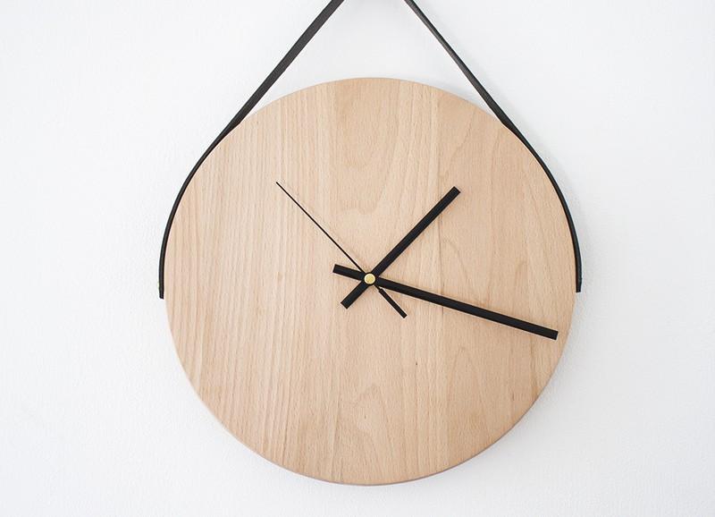 DIY: minimalistische houten wandklok