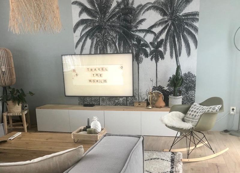 Stylingtip: strook behang achter je televisie