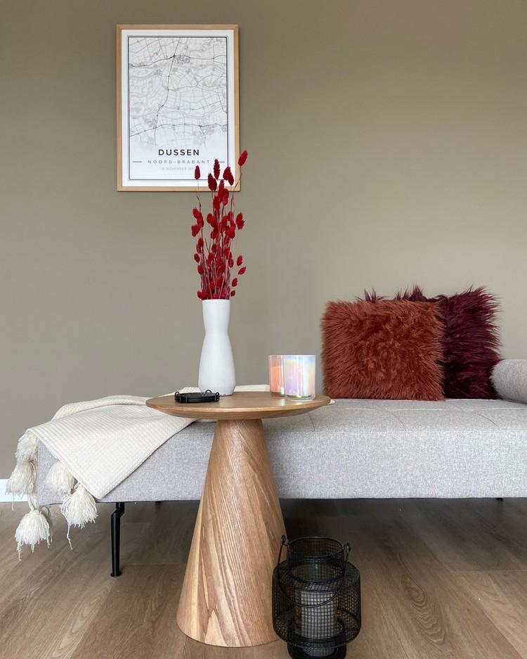 interieur-met-droogbloemen-eyecatcher-minimalistisch