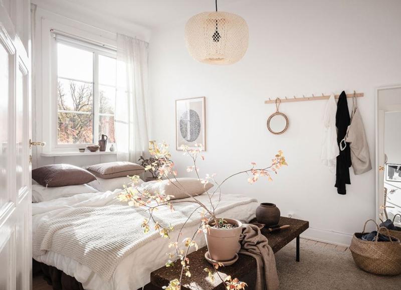 Shop the look: lichte slaapkamer met zandtinten