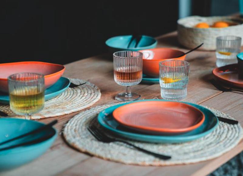 20x het leukste kleurrijke servies voor op tafel