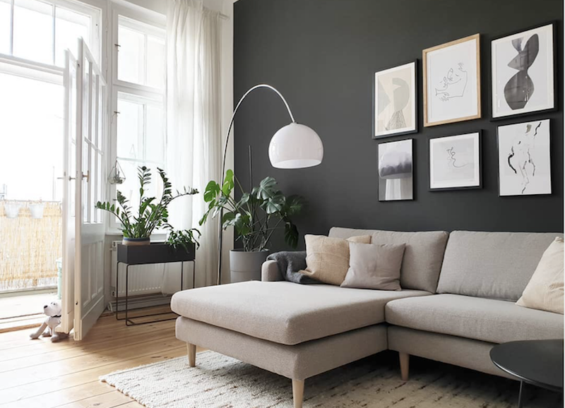 Deze 5 stylingfoutjes laten je woonkamer onbewust goedkoper ogen